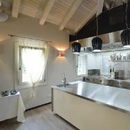 Marrone kitchen
